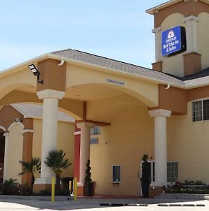 Americas Best Value Inn & Suites Baytown At Garth Road photos Exterior
