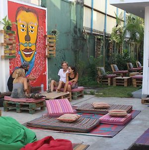 Groove House Hostels photos Exterior
