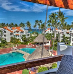 Exquisite Ocean And Pool View Apartment Next To The Beach photos Exterior