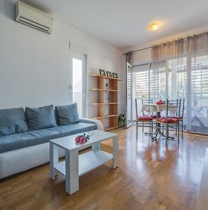 One-Bedroom Apartment In Umag photos Exterior