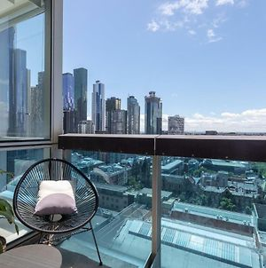 La Maison - Great View, Free Parking, Pool, Gym, Perfectly Located 2Br Apartment photos Exterior