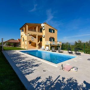 Villa Almond photos Exterior