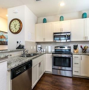 Imagine You And Your Family Renting This 5 Star Home On Lucaya Village Resort, Orlando Townhome 2671 photos Exterior