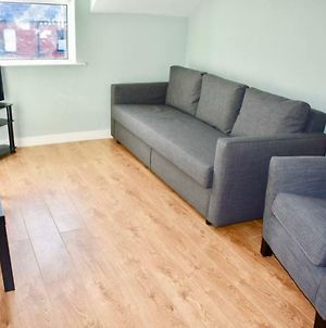 1 Bedroom Home In Dublin With Parking photos Exterior