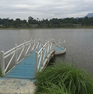 Biet Thu Ven Ho Lake Side Forest photos Exterior