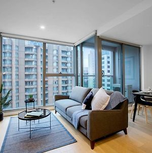 City Living@Best Location With 2 Beds In Melbourne photos Exterior