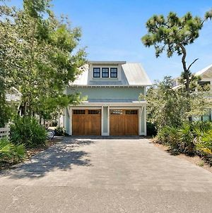 The Petite Frog Carriage House By Exclusive 30A photos Exterior