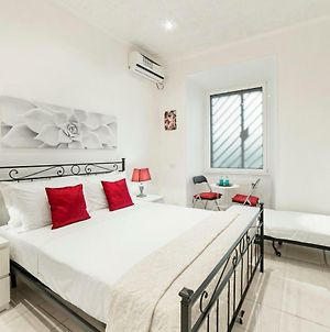 Flat Up To 7 Guests A Few Steps From Termini St. photos Exterior