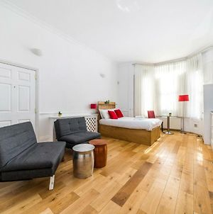New 1 Bedroom Earls Court Flat Centre Of London photos Exterior