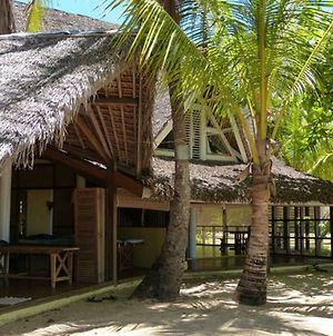 Stay At One Of Our Bungalows And Enjoy Your Relaxing Vacation photos Exterior