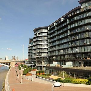 1 Bedroom In Chelsea Bridge Wharf photos Exterior