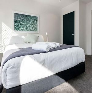 Modern Light-Filled Luxury In Central Auckland photos Exterior