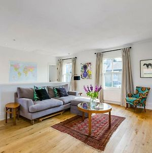 1 Bedroom West London Home photos Exterior