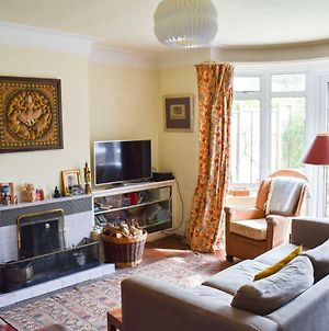 Spacious 4 Bedroom Family Home In Hove photos Exterior