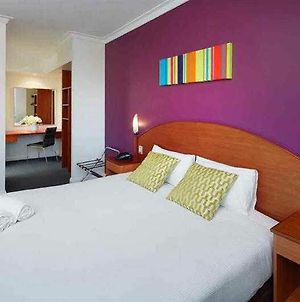 Ibis Styles Perth photos Exterior