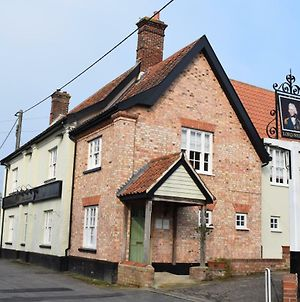 The Lord Nelson photos Exterior