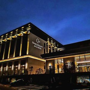 Grand Skylight International Hotel Pingshan photos Exterior