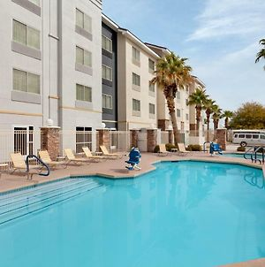 Fairfield Inn And Suites By Marriott Las Vegas South photos Exterior