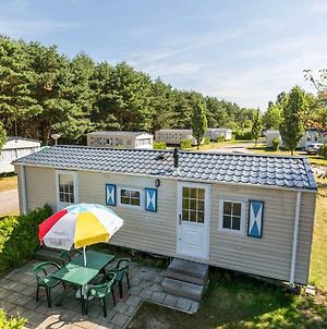 Holiday Home Prinsenmeer.2 photos Exterior