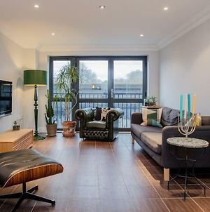 Stunning 2 Bedroom Property In London Fields photos Exterior