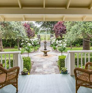 Alexander Valley Estate In The Vineyards By Redawning photos Exterior