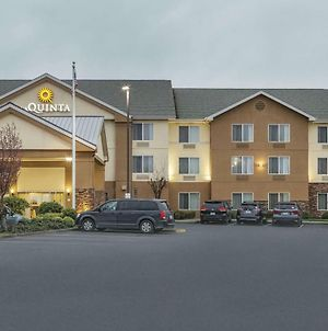 La Quinta Inn & Suites By Wyndham Central Point - Medford photos Exterior