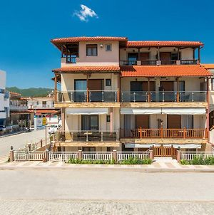 House Kostas On The Beach photos Exterior