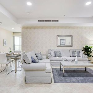 Guestready - Newly Furnished Apartment In The Heart Of Jlt photos Exterior
