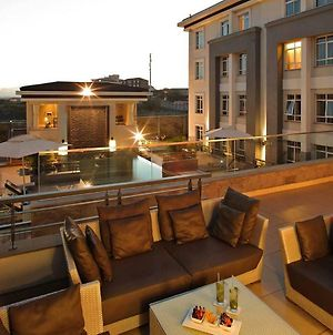 Enjoy The Wonderful Amenities Of Eka Hotel After A Busy Day In Nairobi photos Exterior