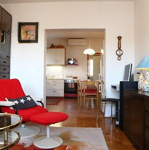 Comfy 2 Bedrooms Apt. With Terrace Te photos Exterior