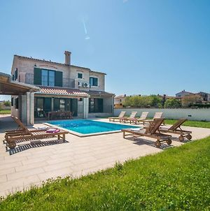 Villa Pomer With A Private Swimming Pool Near The Sea photos Exterior