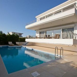 Luxury Villa Loutraki With Private Heated Pool photos Exterior