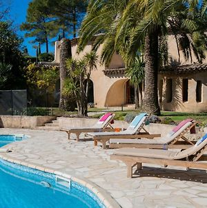Sophia Antipolis Villa Sleeps 8 Pool Air Con Wifi photos Exterior
