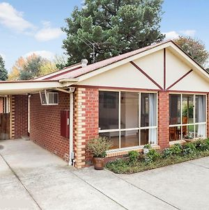 Maroondah 3 Bedroom House In Kilsyth photos Exterior