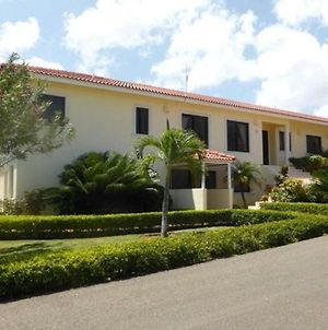 4 Bedroom Villa Privacy In Mind, Gated And Secure photos Exterior
