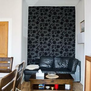 Beautiful 2 Bedroom Flat In Leith photos Exterior