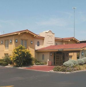 La Quinta Inn By Wyndham Austin University Area photos Exterior