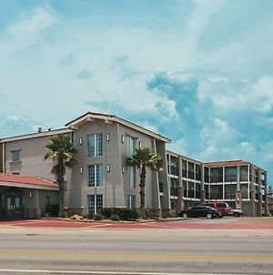 La Quinta Inn By Wyndham Galveston East Beach photos Exterior