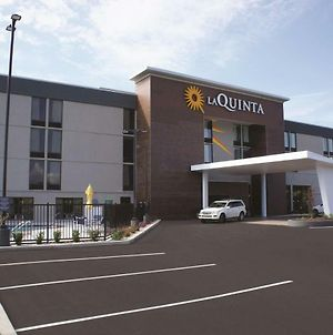 La Quinta Inn & Suites Columbus photos Exterior