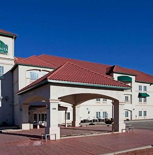 La Quinta Inn & Suites By Wyndham Ruidoso Downs photos Exterior