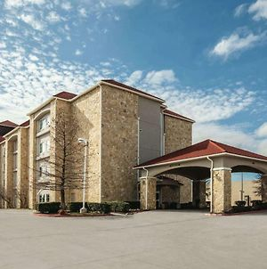 La Quinta Inn & Suites By Wyndham Mansfield Tx photos Exterior