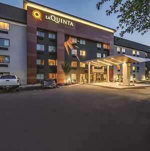 La Quinta Inn & Suites By Wyndham Hartford - Bradley Airport photos Exterior