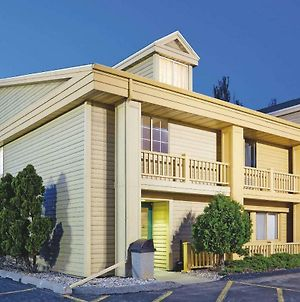 La Quinta Inn By Wyndham Oshkosh photos Exterior