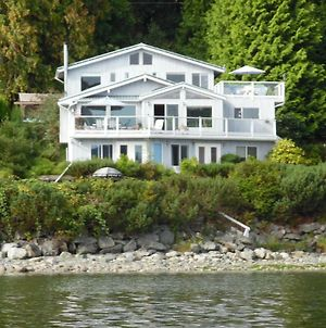 Beach House Salt Spring photos Exterior