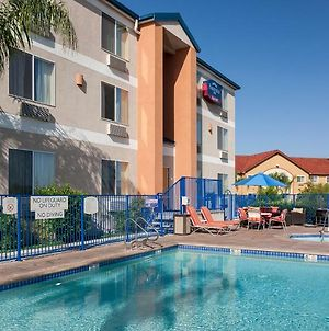 Fairfield Inn By Marriott Santa Clarita Valencia photos Exterior