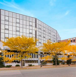 Global Luxury Suites At Downtown Stamford photos Exterior