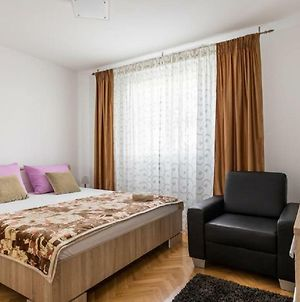 Deluxe Apartment Romana Top Centar With Balcony photos Exterior