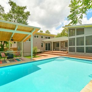 4Br 3Ba Butterfly House With Private Pool In Central Austin By Redawning photos Exterior