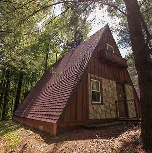 A-Frame #14 - Hocking Hills Home photos Exterior