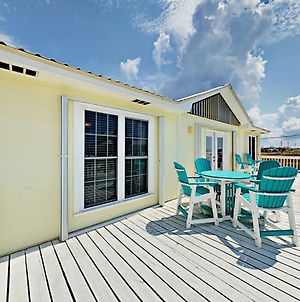 Between The Gulf And The Bay By Redawning photos Exterior